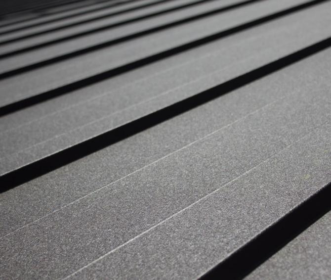 Maslen Klikpanel: montáž plechovej strešnej krytiny už nemôže byť jednoduchšia